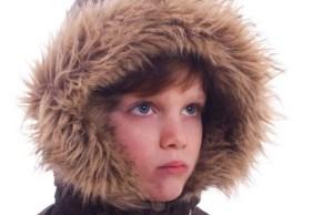 Sostanze cancerogene nelle pellicce per bambini: trovati allergeni e pesticidi anche tra i grandi marchi