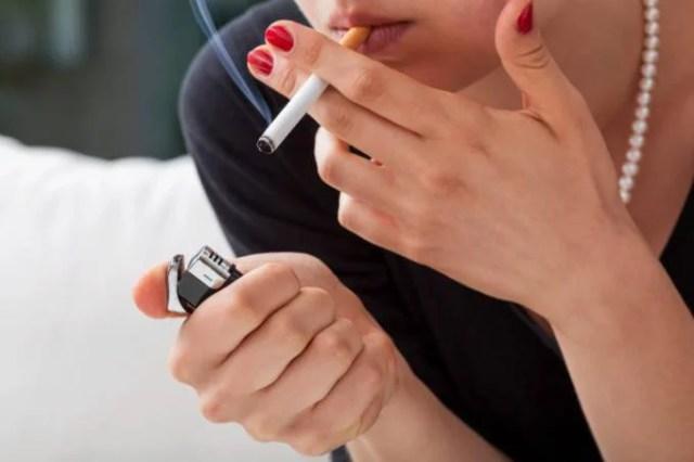 mamma fumano a causa dello stress