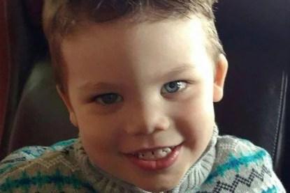 bambino morto per l'attacco di un alligatore