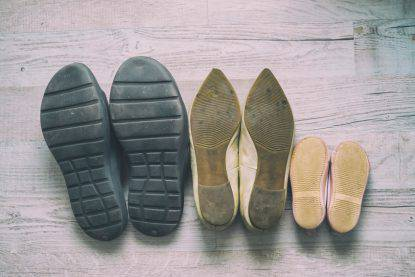 batteri sulle scarpe