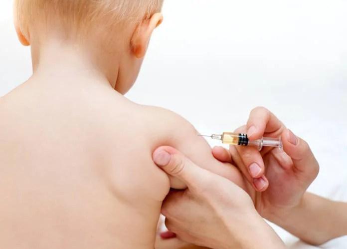 danni da vaccini