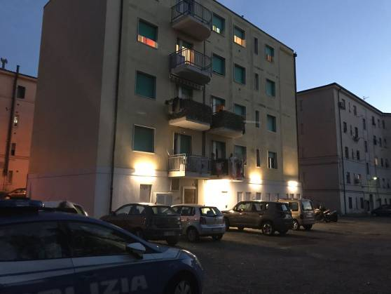 Livorno bimbo 20 mesi caduto