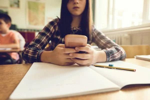 cellulari vietati a scuola