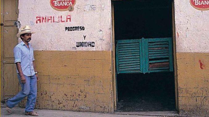 La polvere del Messico di Pino Cacucci Recensione UnLibro
