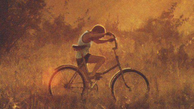 In piedi sui pedali Enrico Brizzi Recensione UnLibro