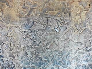 Bajo relieves en Angkor Wat