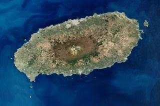 Isla de Jeju con el volcán Hallasan en el centro