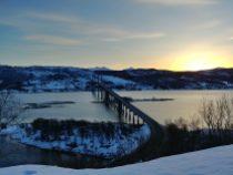 Puente en las islas Lofoten