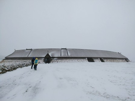 Reconstrucción de casa vikinga en el Museo Vikingo de Lofotr