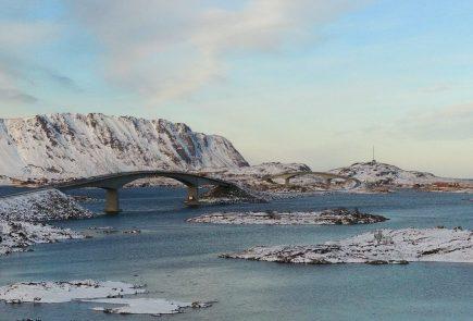 Puentes en las islas Lofoten