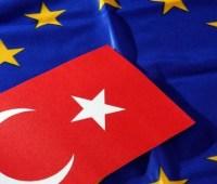 ЕС и Турция призвали США отменить нефтяные санкции против Ирана