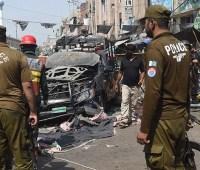 Взрыв прогремел возле мечети в Пакистане, девять погибших