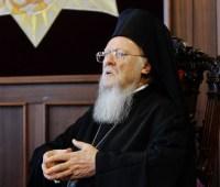 """Вселенский патриарх и глава церкви Греции обсудили """"церковную проблему"""" Украины"""