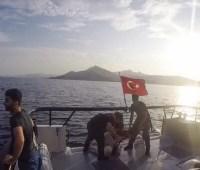 Найдены восемь тел мигрантов, лодка которых затонула у берегов Турции