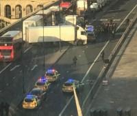 В Лондоне произошла стрельба на мосту, СМИ сообщают о взрыве