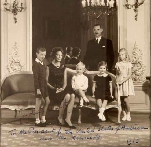 Jean_and_Josephine-Charlotte_with_their_children
