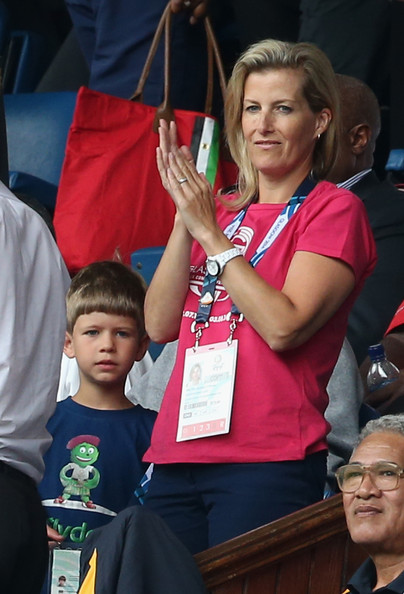 Viscount Severn with his mother at the Commonwealth Games, July 2014. photo: Zimbio