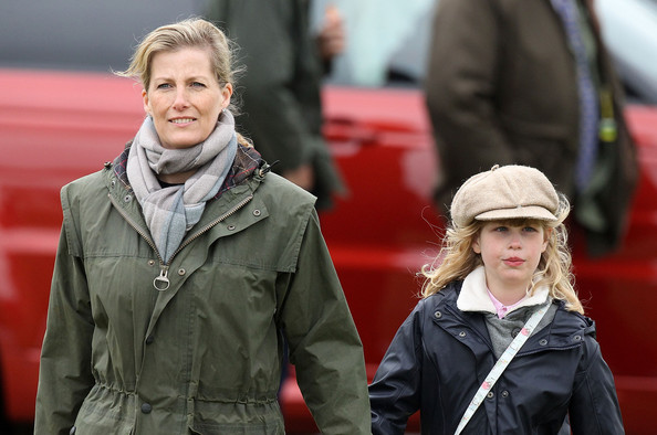 Lady Louise with her mother at the Windsor Horse Show, May 2013. photo: Zimbio