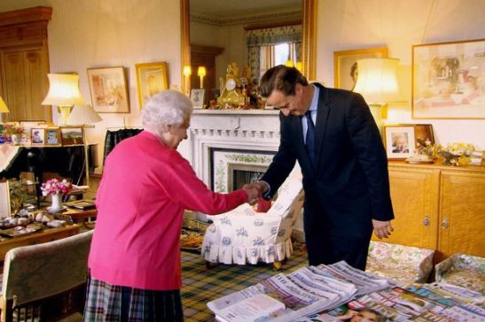 The Queen greeting the Prime Minister at Balmoral. source: The Mirror