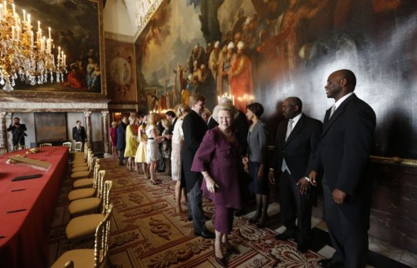 Queen Beatrix arriving at the abdication signing ceremony in the Moseszaal.  source: Daily Mail