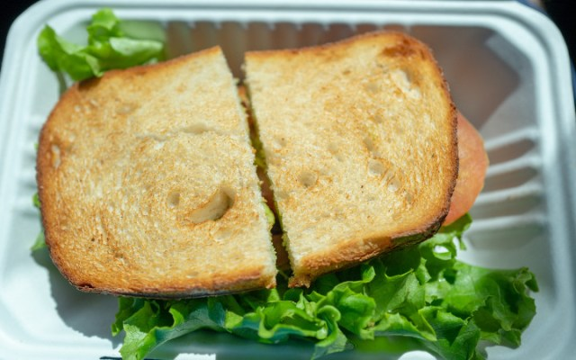 Welcome Brexit: Prevent sandwich from crossing border in Holland