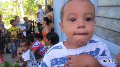 Foto de niños en el Oriente de Cuba