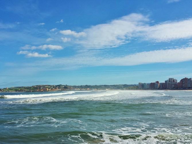 Playa San Lorenzo-Gijón