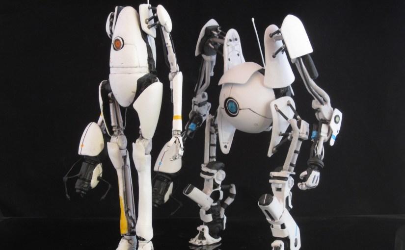 Muñecos de Atlas y P-body de Portal 2 hechos a mano