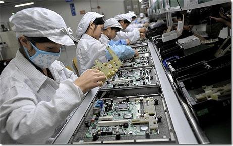 FOXCONN instalaría cerca de un millón de robots en sus fabricas