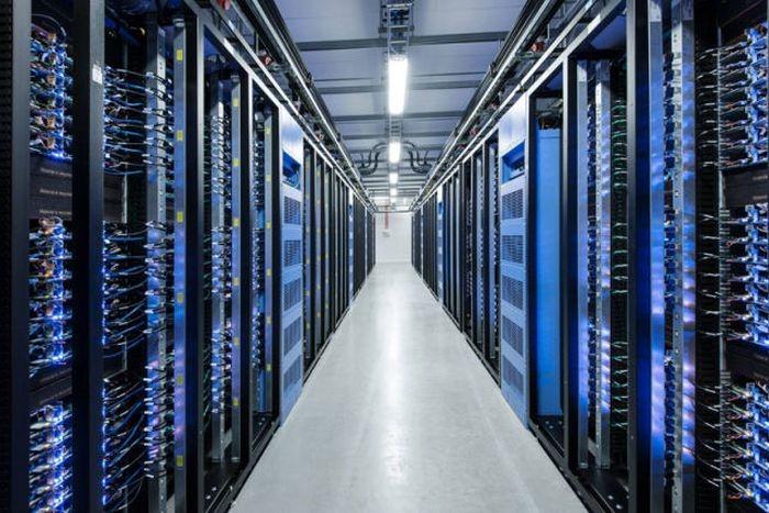 Dentro del nuevo data center de Facebook en Suecia
