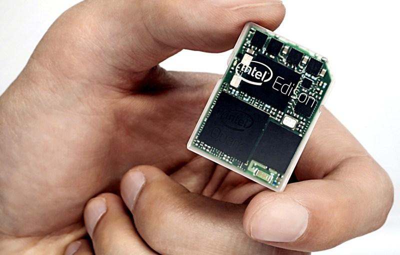 Edison una computadora del tamaño de una memoria SD