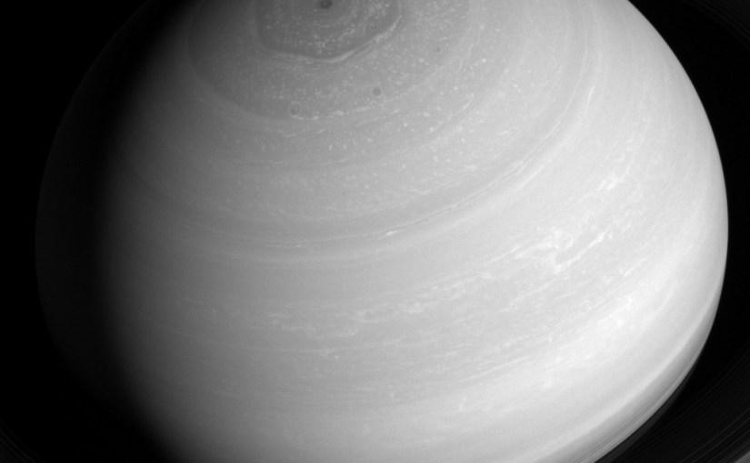 La nave Cassini envía nuevas imágenes de Saturno
