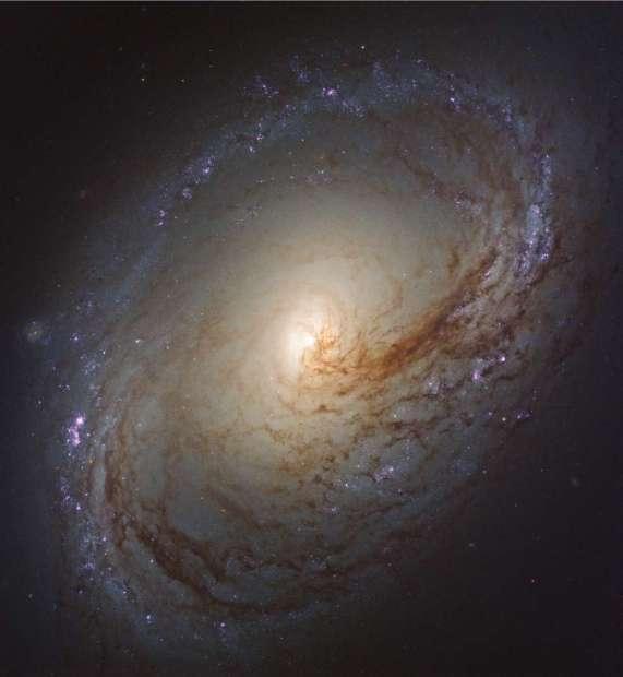 Hubble y sus nuevas imágenes de galaxias cercanas