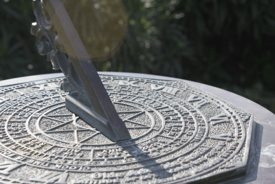 A sundial featuring Roman numerals
