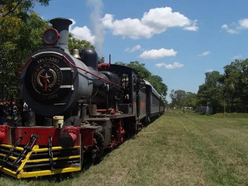"""Le """"dernier"""" train à vapeur, Paraguay"""
