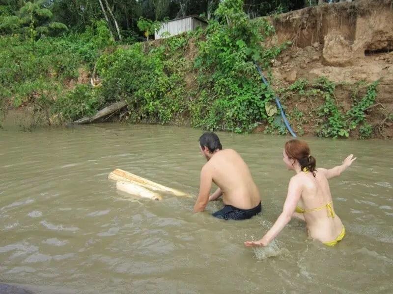 A deux sur le radeau ! (Rio Madre de Dios, Pérou)