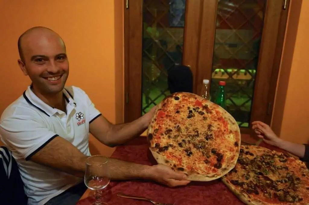 Les légendaires pizzas géantes
