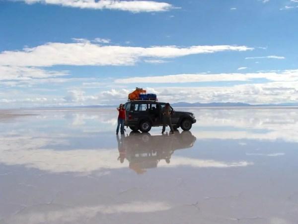 Reflets voiture 4X4, Uyuni, Bolivie