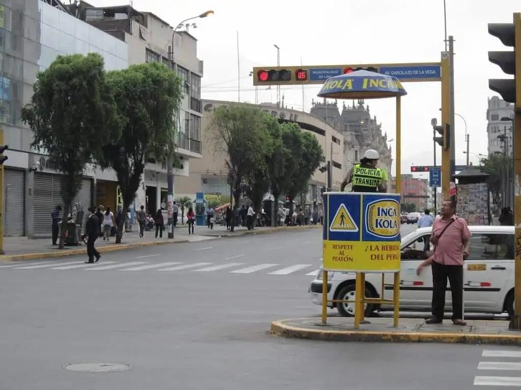 Policier sponsorisé Inca Kola, Pérou, Lima