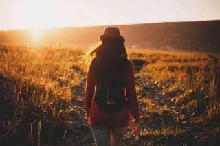 voyageuse, femme, voyager, peur, angoisse