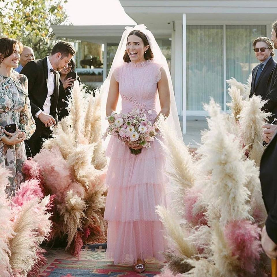 Unconventional Wedding Altar: Mandy Moore Just Got Married And The Pictures Are Sweet