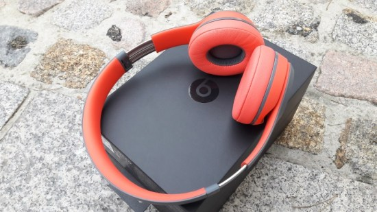 160311_beats_solo2_wireless_17