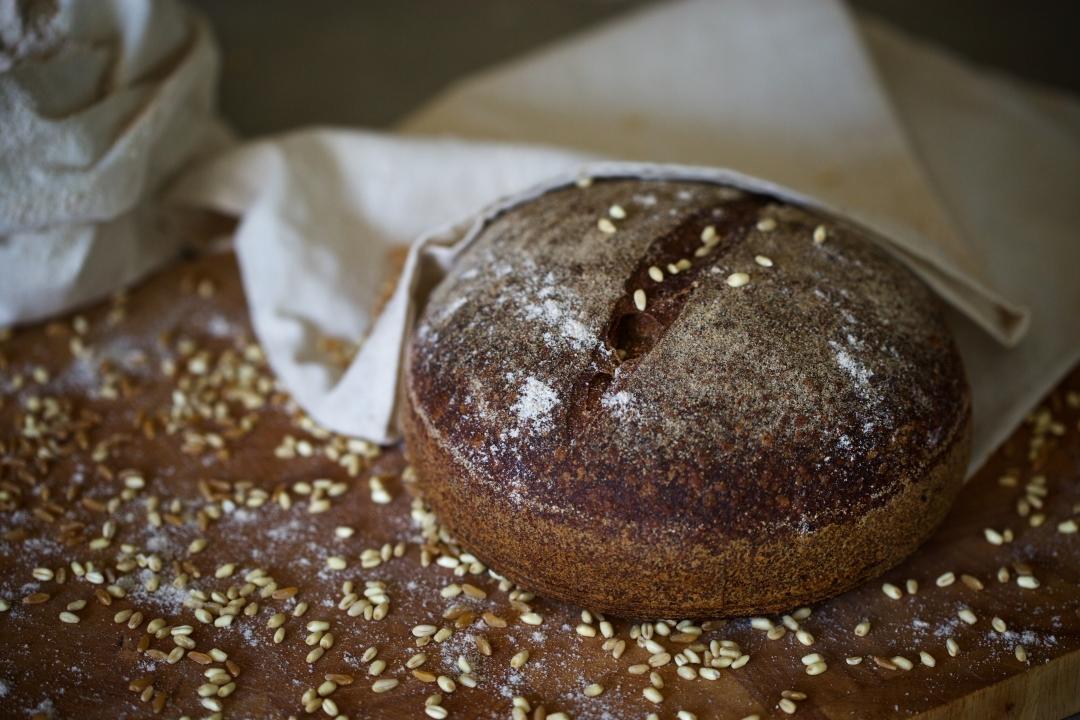 ekşi maya tam buğday ekmek
