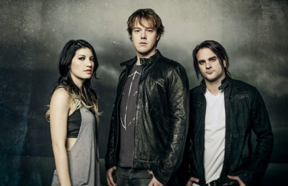 Setting the Record Straight. An interview Shim Moore from the Sick Puppies