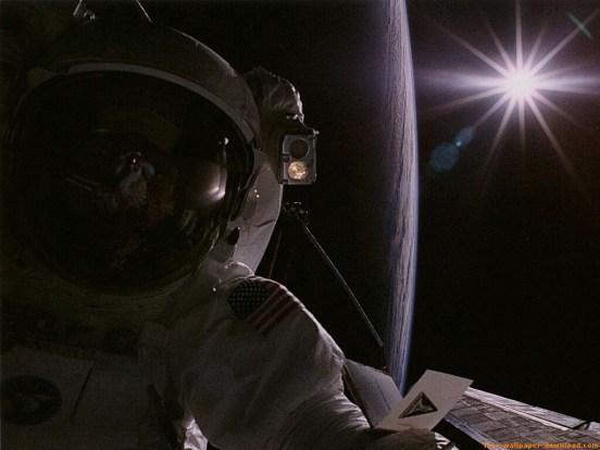 Astronauta-Y-Sol