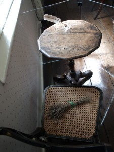 chawton_jane_table_01