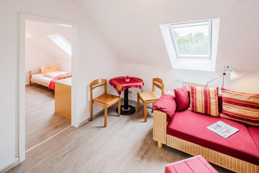 Apartment   Unterkunft Gelsenkirchen Ideal for families  fitters is our roof studio  It is equipped with 3 beds   a small lounge  bathroom and kitchen  Both weekly and daily rates are  offered