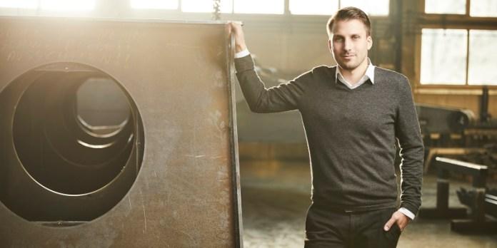 Tobias Grimmig in seinem neuen Unternehmen: Er übernahm 2018 ein bestehendes Familienunternehmen, statt selbst zu gründen.
