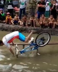 Best BikeRace Ever on Earth