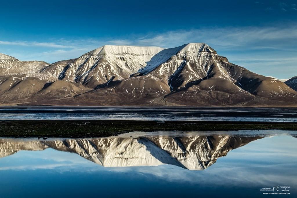 Ore di luce alle Isole Svalbard